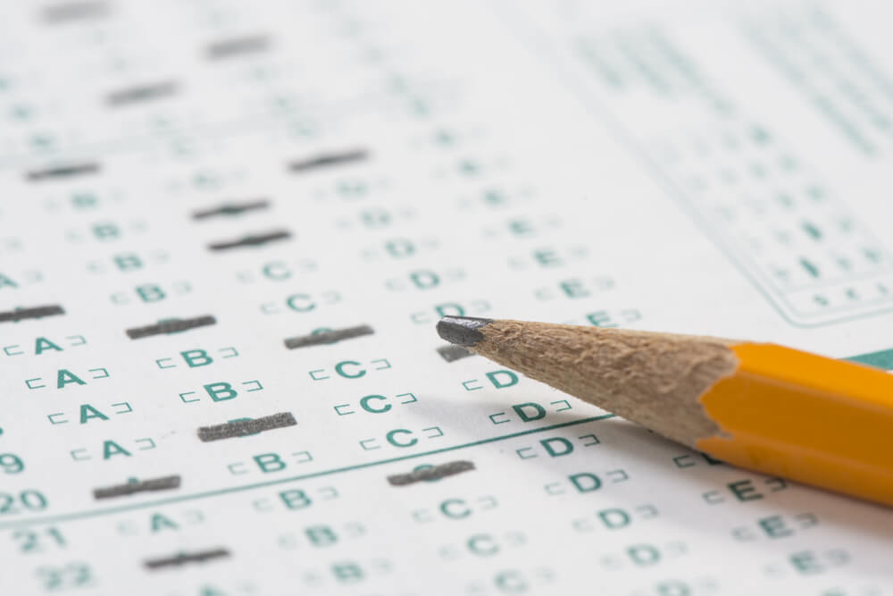 should the government ban standardized testing Free standardized tests papers each year the government devises a new standard and then finds a way to test how - should standardized testing show a student.