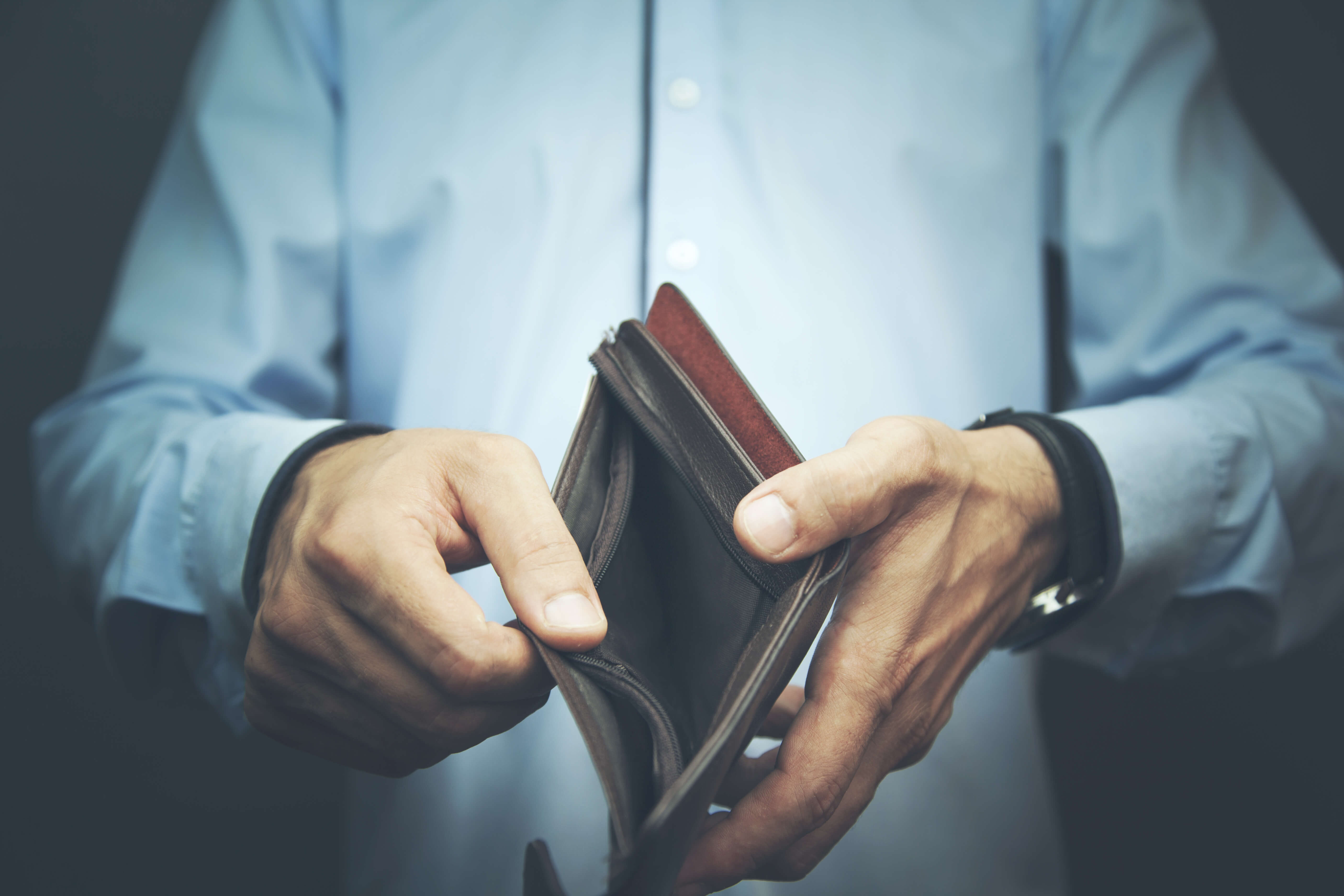 Can daily paychecks keep money in your wallet?