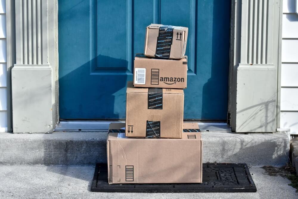 Amazon Is Raising Their Minimum Wage To $15